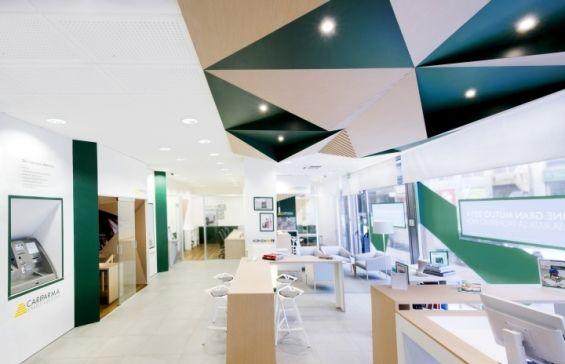 10 Branches Designed To Wow The Digital Banking Consumer Corporate Interior Design Bank Interior Design Retail Space Design