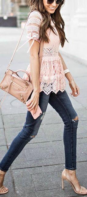 24 ideas de outfit para salir con jeans comod n salir y for Tomar algo en barcelona noche