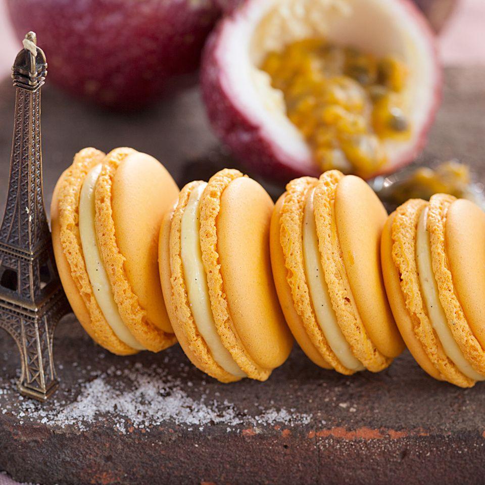 maracuja vanille macarons rezept in 2019 backen backen macarons und kuchen. Black Bedroom Furniture Sets. Home Design Ideas