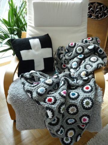 granny square decke crochet kissen tunesisch h keln handmade by me. Black Bedroom Furniture Sets. Home Design Ideas