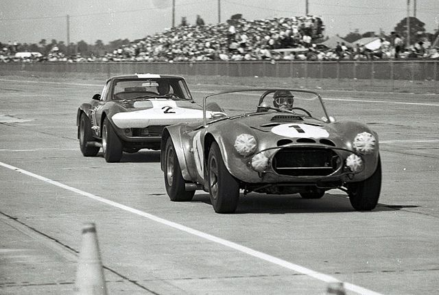 Sebring 1964 - Ken Miles' Cobra vs A.J. Foyt's Corvette by Nigel  Smuckatelli, via Flickr | Ken miles, Ac cobra, Sebring