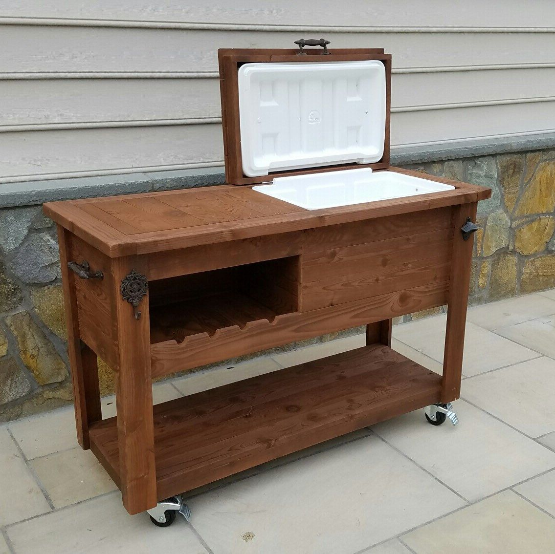 Rustic wooden cooler table bar cart wine bar with mini for Garden rooms on wheels