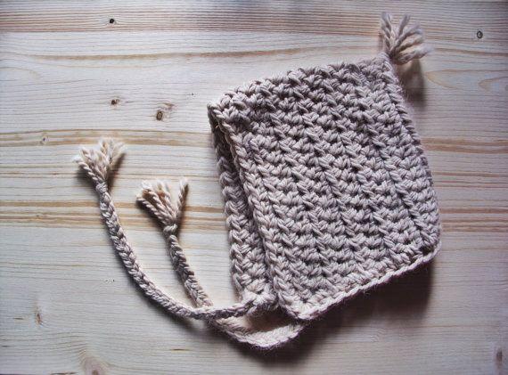 Crochet pattern pixie hat SCHEMA Uncinetto Cappello da elfo con di ...