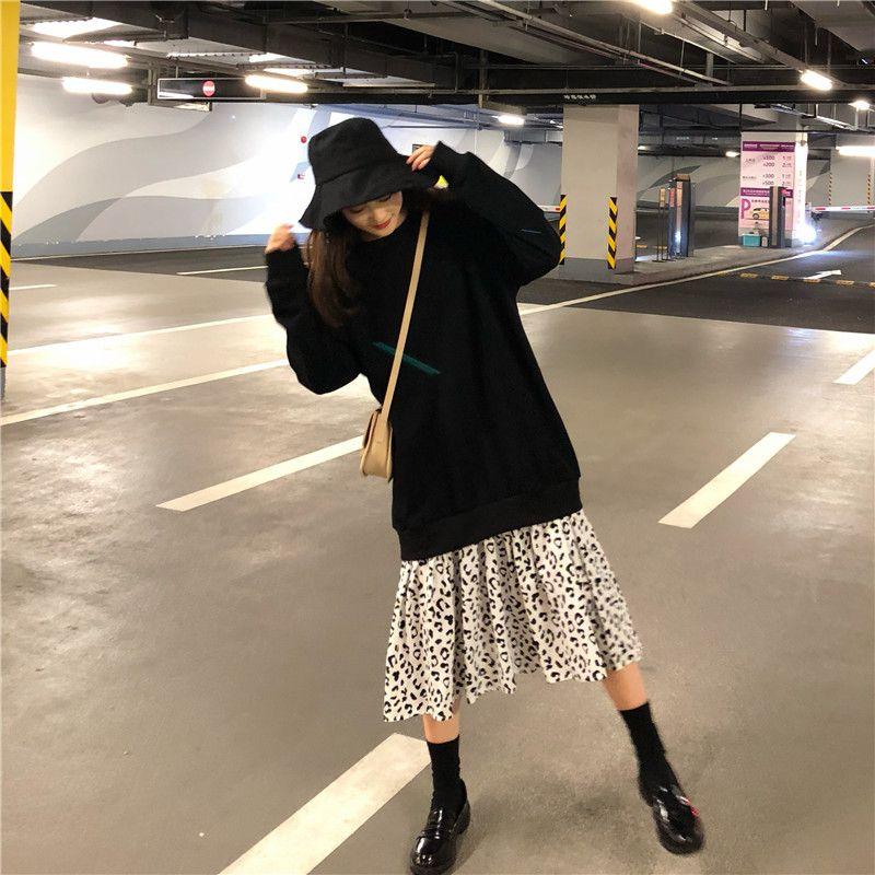 秋冬新作韓国ファッションレトローズロング丈ラウンドネック長袖スウェットヒョウ柄切替ワンピース偽2点 korean street fashion korean fashion korean outfits