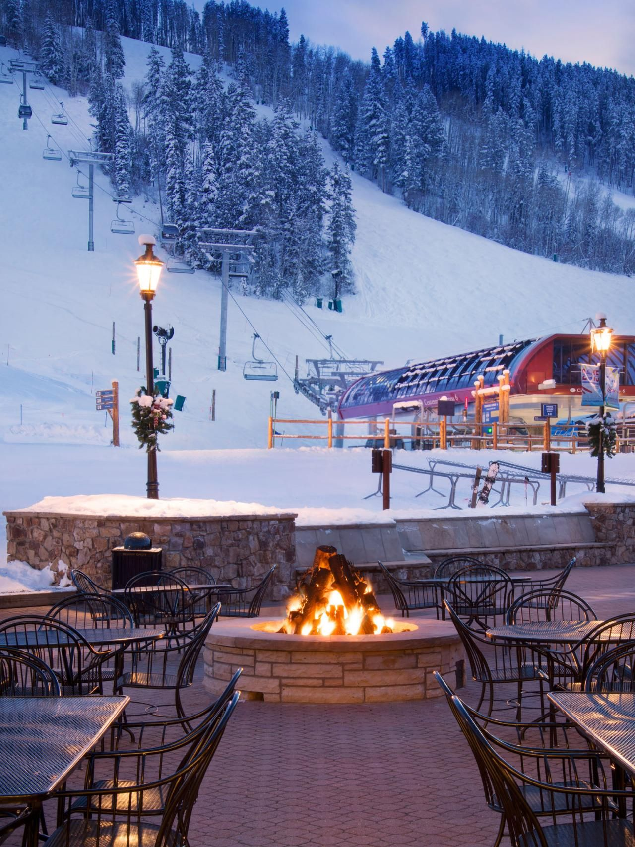 resorts with the sexiest fire pits hot toddy hgtv and outdoor spaces