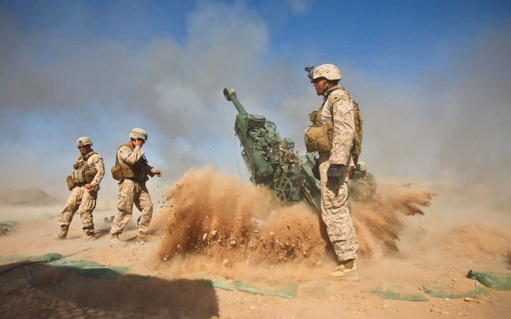 US Marine Corps firing a howitzer. - Perfectly Timed Photography 2 ...