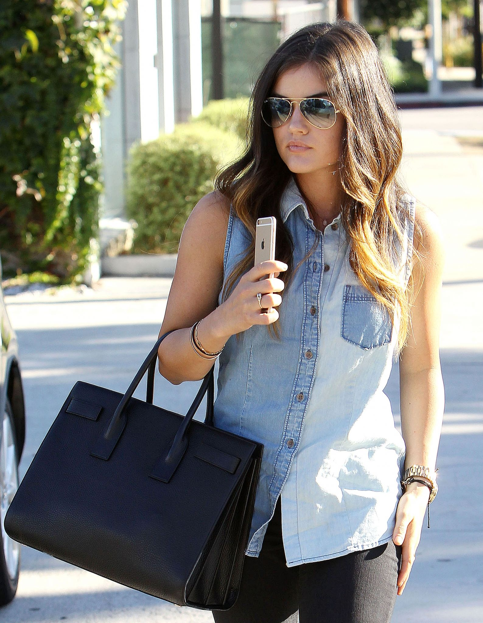 Lucy Hale heading to Andy Lecompte Salon in Beverly Hills - October 2, 2014