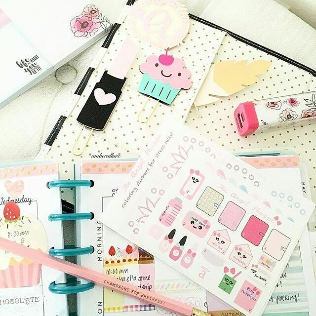 We spy our Champagne For Breakfast pencil making an appearance amongst @amberallurecupcakes's planner goodies! More colors and cute sayings in our shop check it out!  #blush #blushpink #goldfoil #pinkpencil #desk #hotpink #champagneforbreakfast #champagnequotes #moet #planner #planneraddict #moetchandon #champagneforthepain #champagneisalwaystheanswer #glam #weddinggift #bridesmaidgift #partyfavors #sugarluxeshop sugar luxe shop