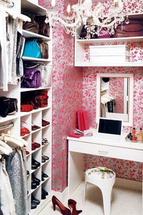 So shabby chic, love it!!  Wish I could have one of these!    I've decided that the key to a great walk-in closet is fancy wallpaper and a crystal chandelier.