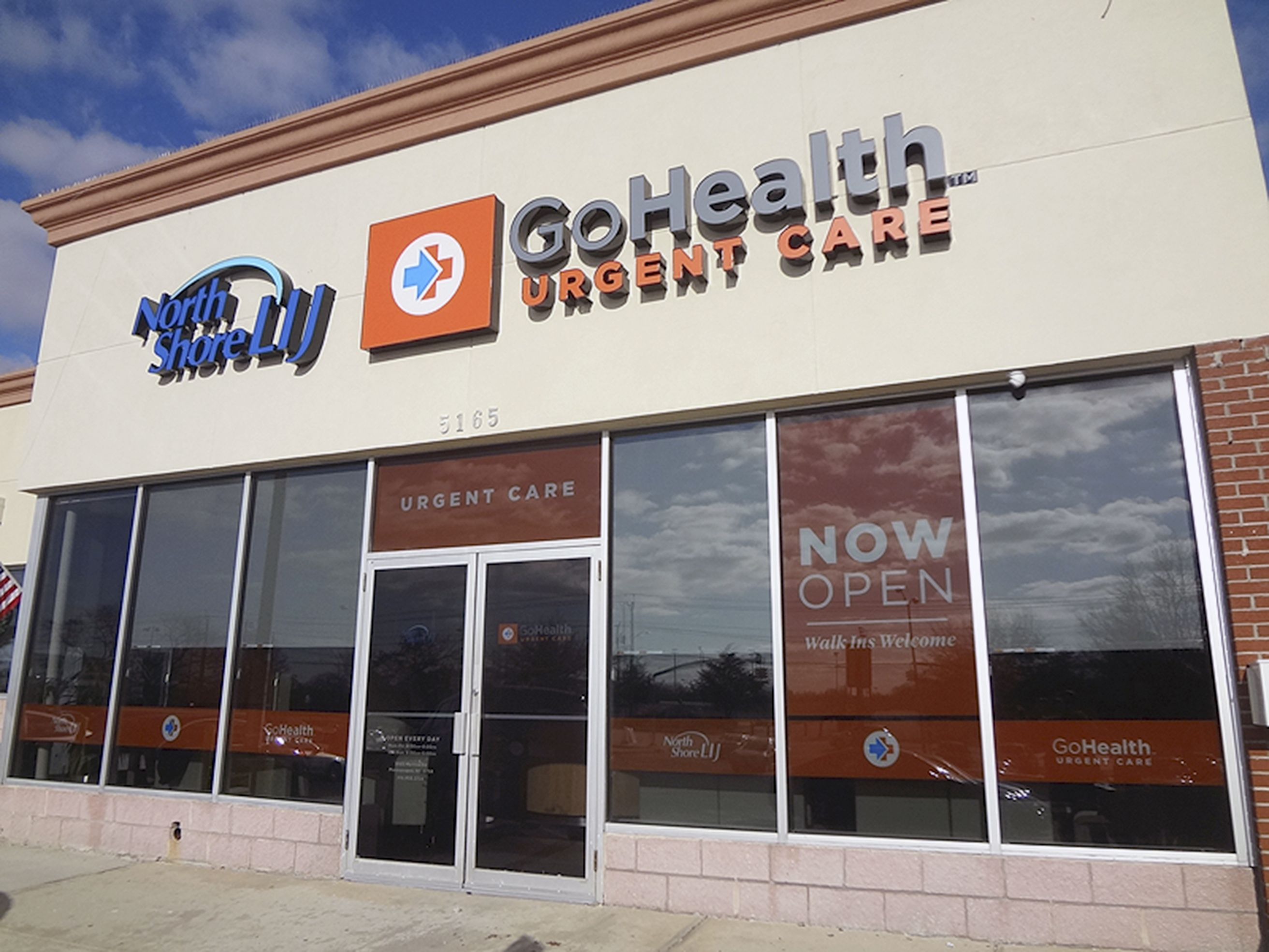 Gohealth holds grand opening urgent care care facility
