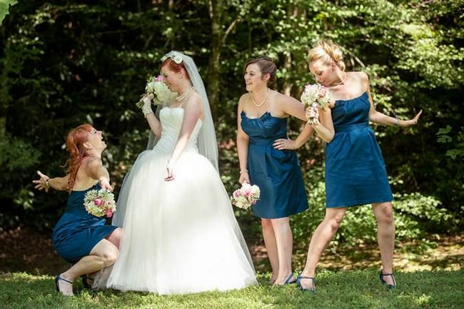 22 Wedding Photo Poses & Ideas {Real Brides} | Weddings, Wedding ...
