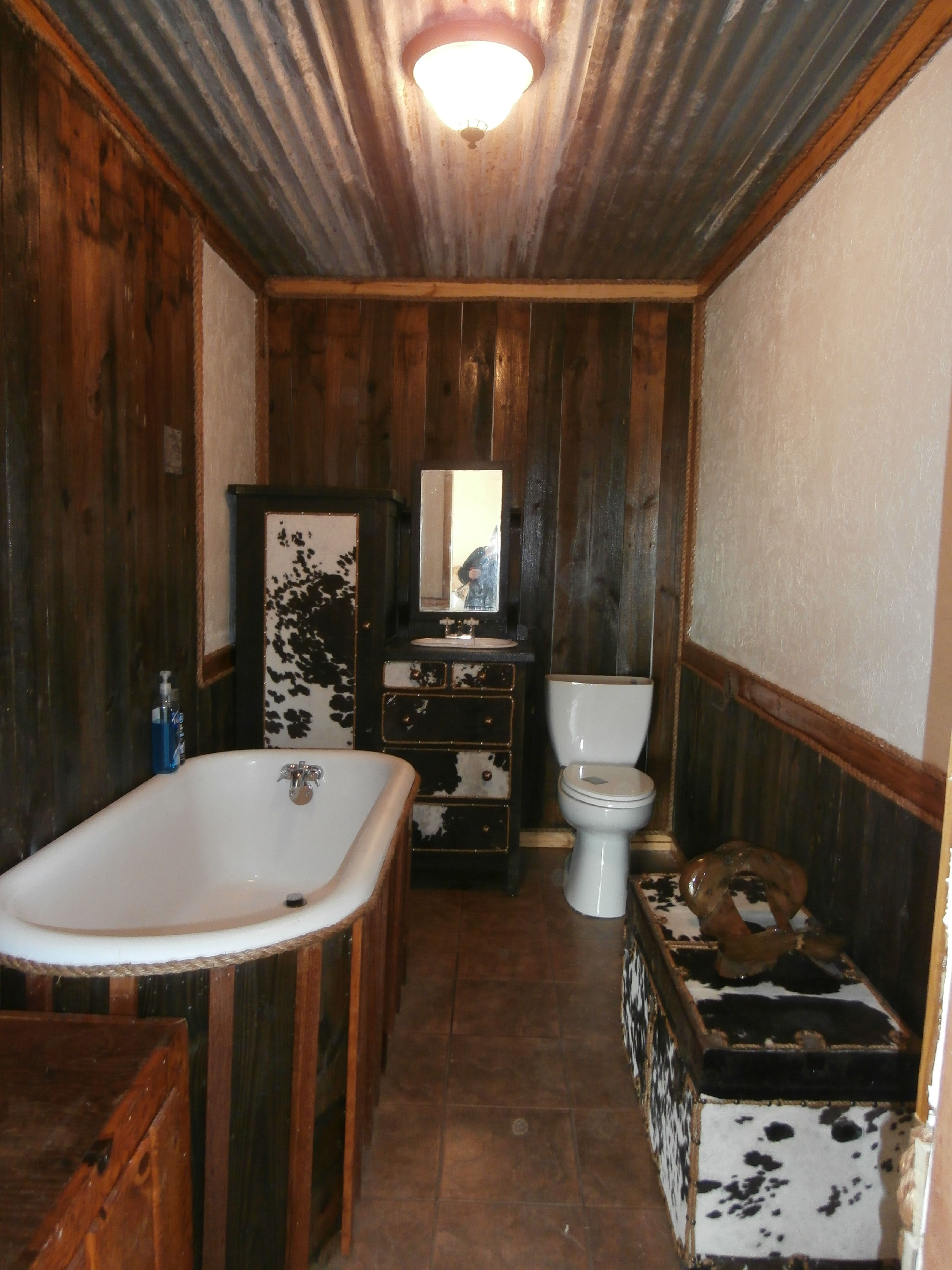 Beautiful Can I Paint My Bathtub Big Bathroom Refinishing Service Shaped Reglazing A Bathtub Bathtub Glazing Old Resurfacing Bathtub Cost BrightBath Tub Plumbing 150 Yr Old Cabinet With Antique Bed Pan For Sink And Cowhide ..