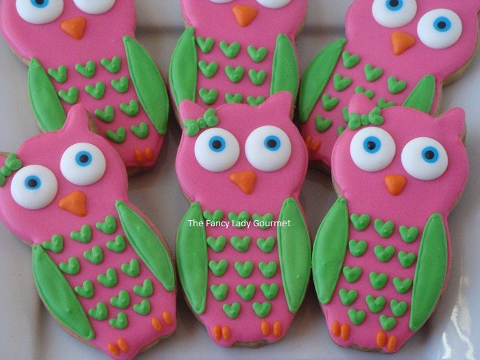 Owl cookies, but do dark pink and light pink