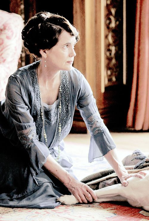 lady cora worried about isis downton abbey season 5 downton abbey downton abbey downton. Black Bedroom Furniture Sets. Home Design Ideas