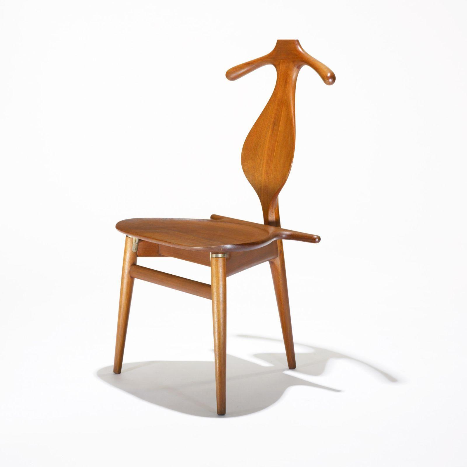 Merveilleux Hans Wegner Valet Chair