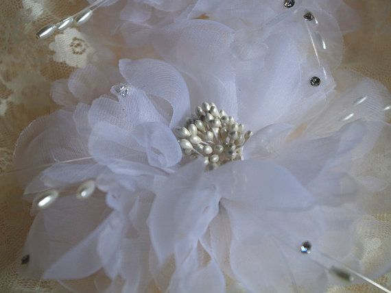 Hey, I found this really awesome Etsy listing at https://www.etsy.com/listing/198267458/white-bridal-hair-flower-silk-flower