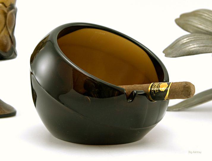 Mid century modern fish pottery ashtray fish and pottery