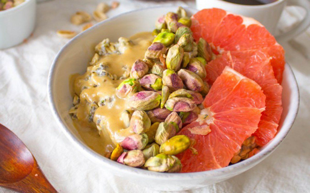 Breakfast Bowl With Oats, Pistachios, and Grapefruit [Vegan] | One Green Planet