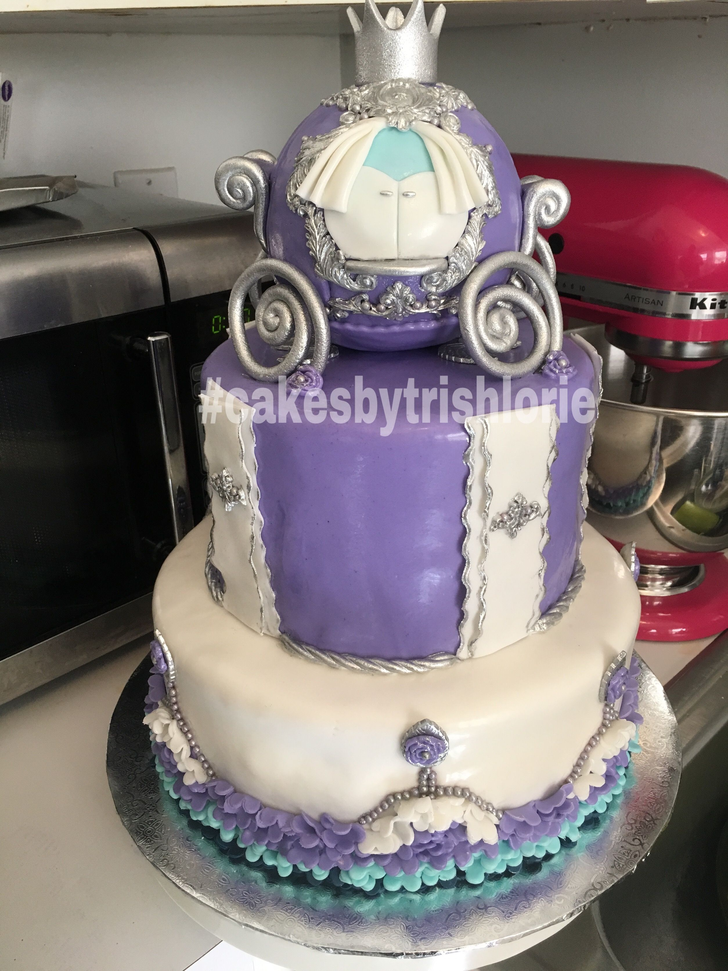 Cinderella Baby Shower Cake Cakes By Trish Lorie Pinterest