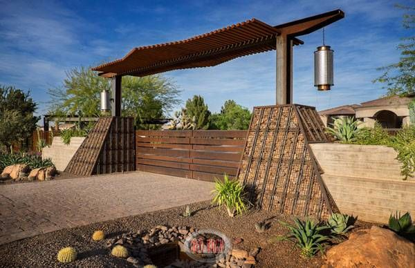 Stylish Private Outdoor Design by Red Rock Contractors and Red Rock Pools & Spas.