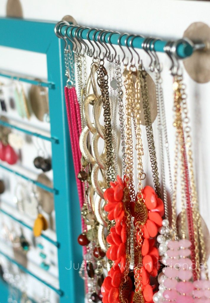 Nice DIY Jewelry Display