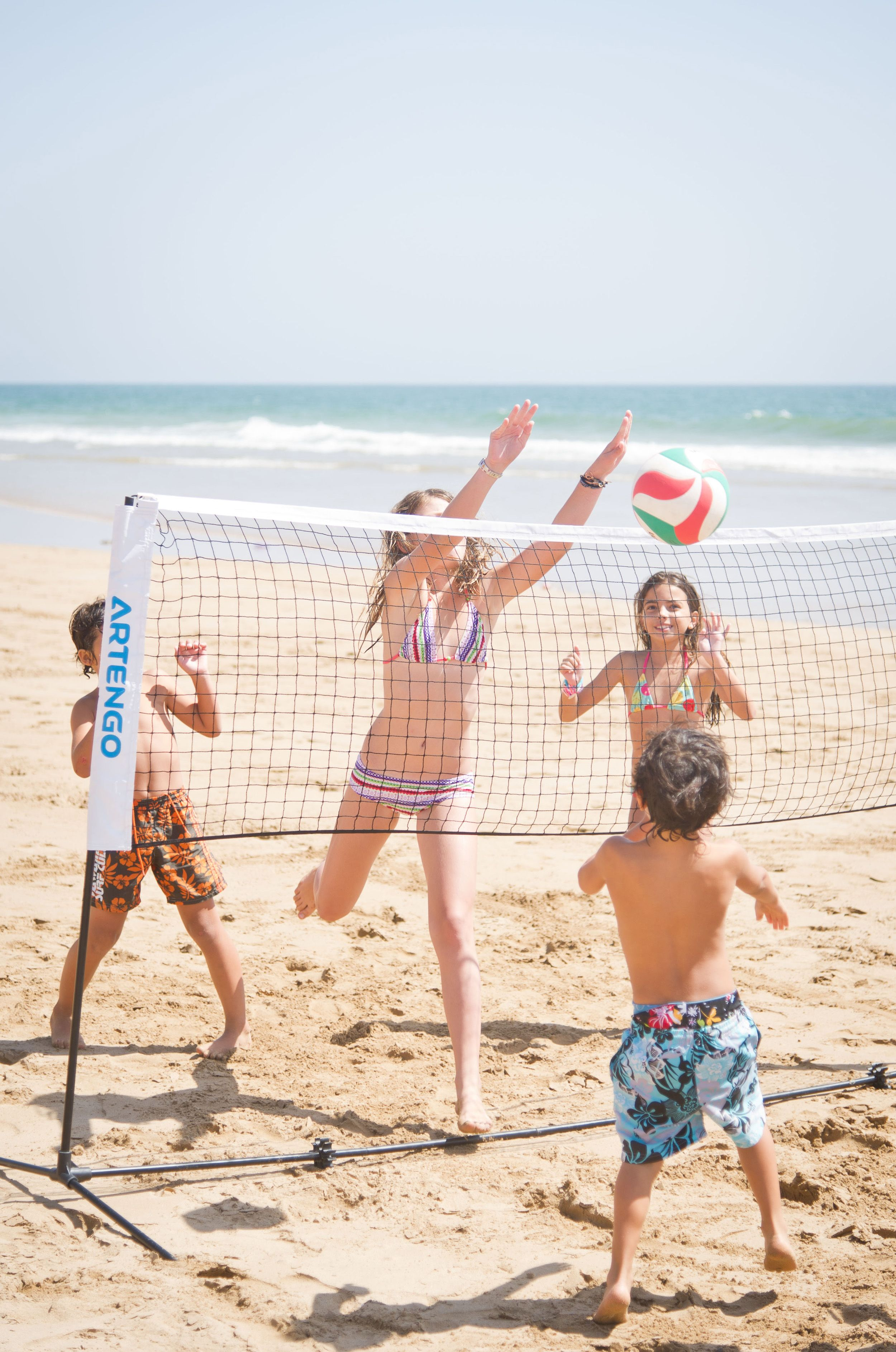 On A Family Activity Holiday Everyone Can Keep Busy And Have Fun In The Sun Every Day Of The Week The Children Will Lo Beach Pictures Kids Beach Fun Cool Kids