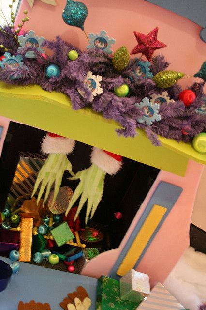 Grinch Hands Tis The Season Grinch Christmas