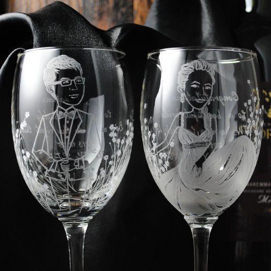 (一對價)270cc【秘密花園Q版娃娃結婚禮物】(寫實版)新娘新郎玻璃雕刻紅酒杯對組 情人節-GA760
