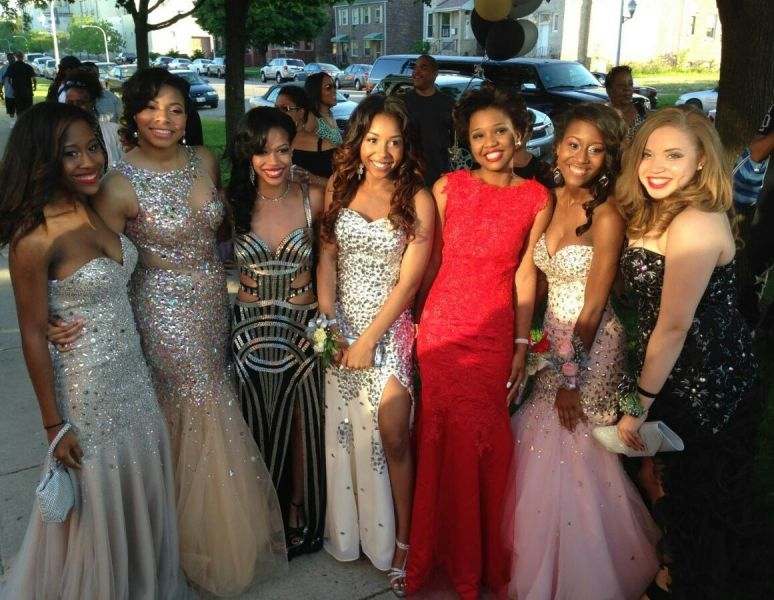 61fc34e028 black girls who slayed prom - Google Search Bff Goals