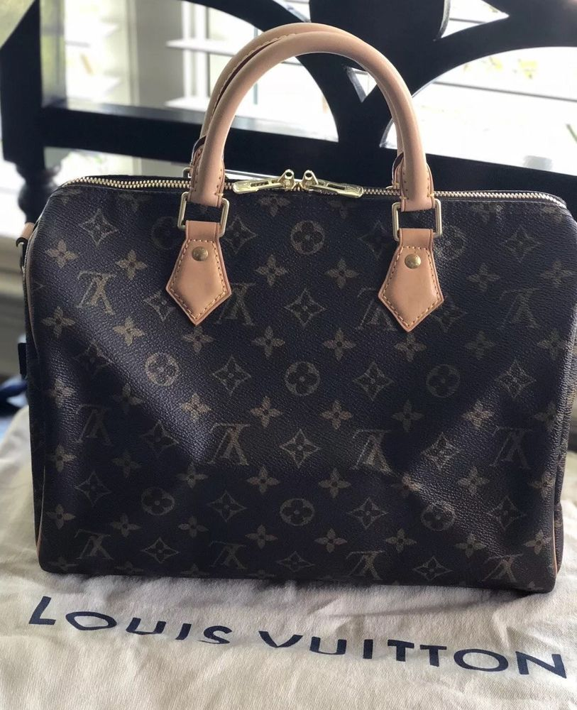 Pre Owned Authentic Louis Vuitton Sdy 30 Bandouliere Monogram