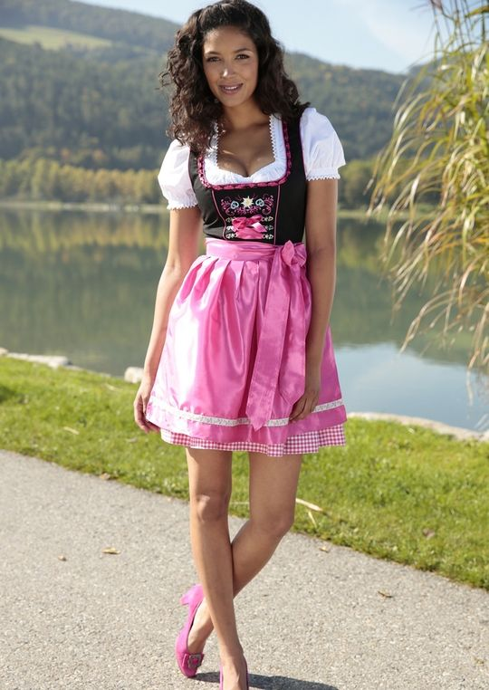 stockerpoint pinkes dirndl wiesn oktoberfest. Black Bedroom Furniture Sets. Home Design Ideas