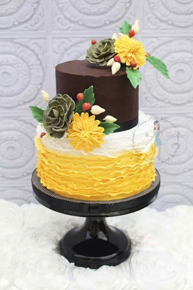 Ruffle with dalia and succulent | CAKEZ | Pinterest | Cake
