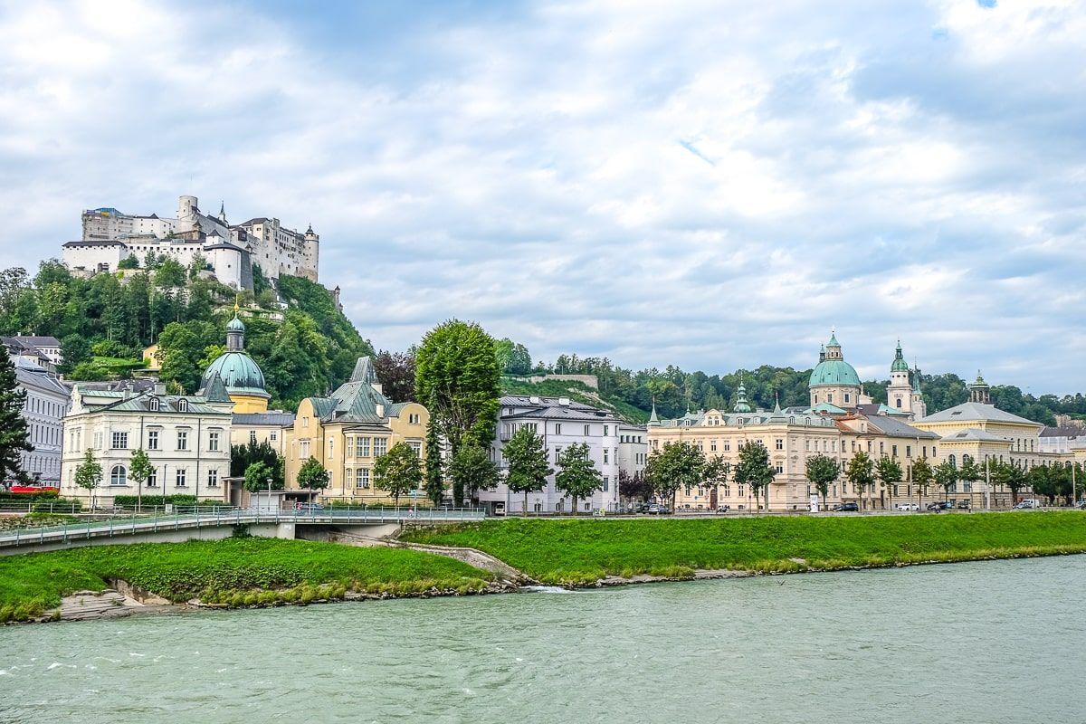 Auf der Suche nach den besten Salzburg Sehenswürdigkeiten? Von Schlössern bis hin zur Altstadt und darüber hinaus - hier sind unsere Tipps!
