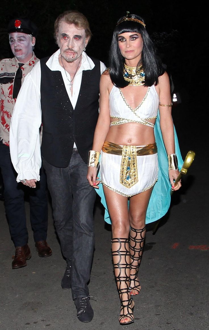 More Chic Halloween Costume Inspirations   Cleopatra and Costumes