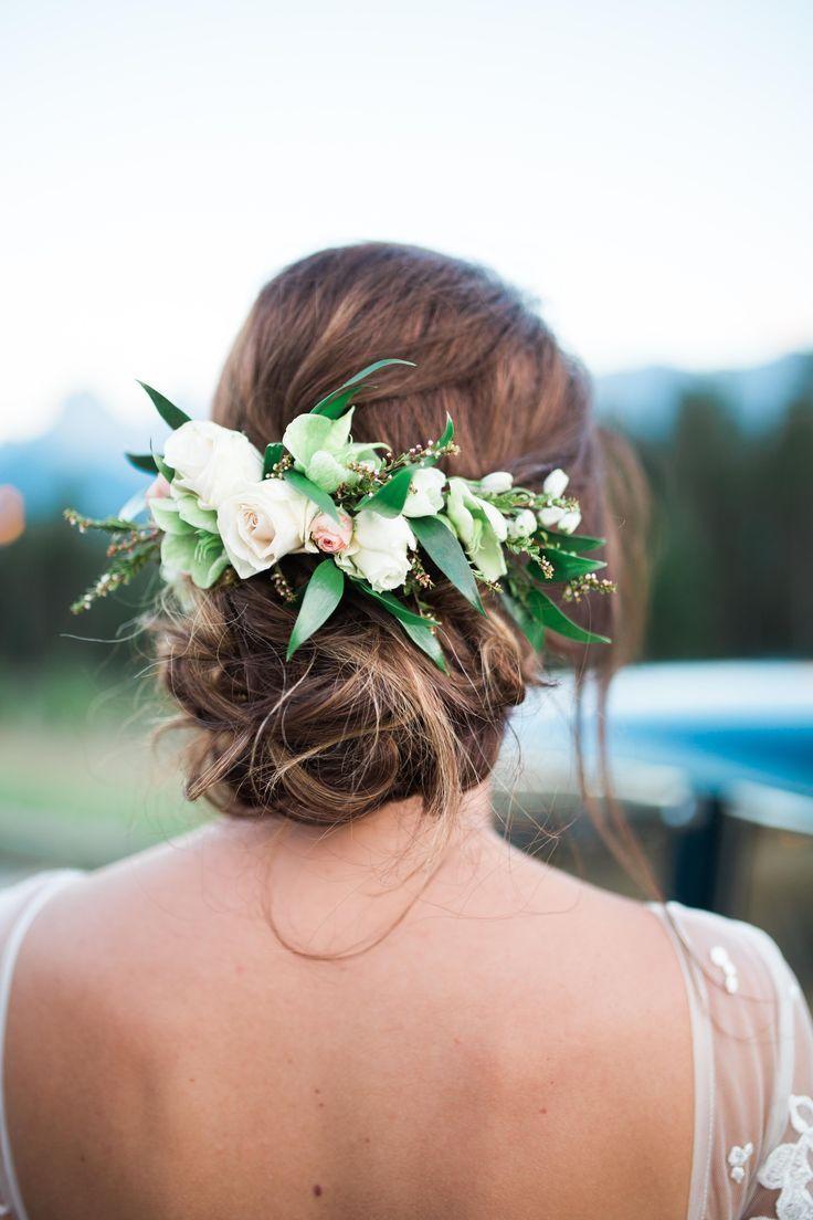 Greenery wedding hairstyle wedding hairpiece flower hairpiece