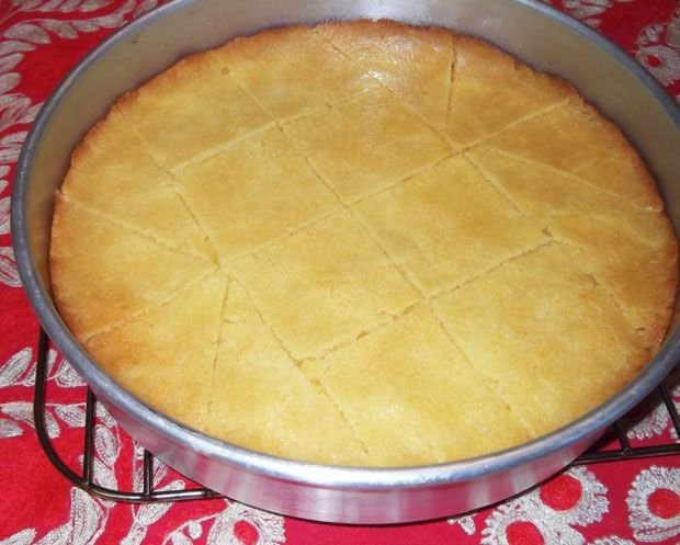 Armenian farina cake (FARINA GARGANTAG)