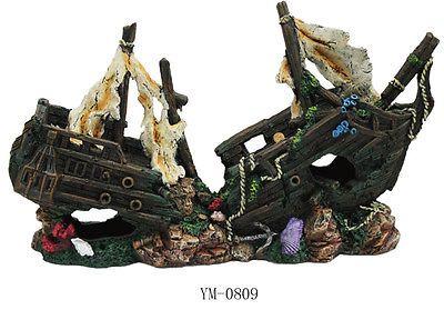 Decorations 66789 Sunken Pirate Ship Fish Tank Ornament Aquarium