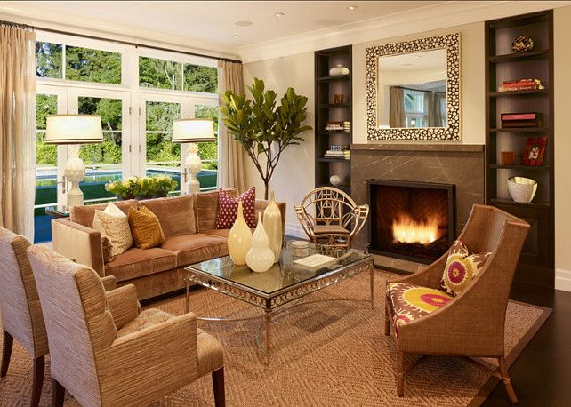 Transitional Living Room This Is A Warm Transitional Livingroom Family Living Rooms Simple Living Room Home