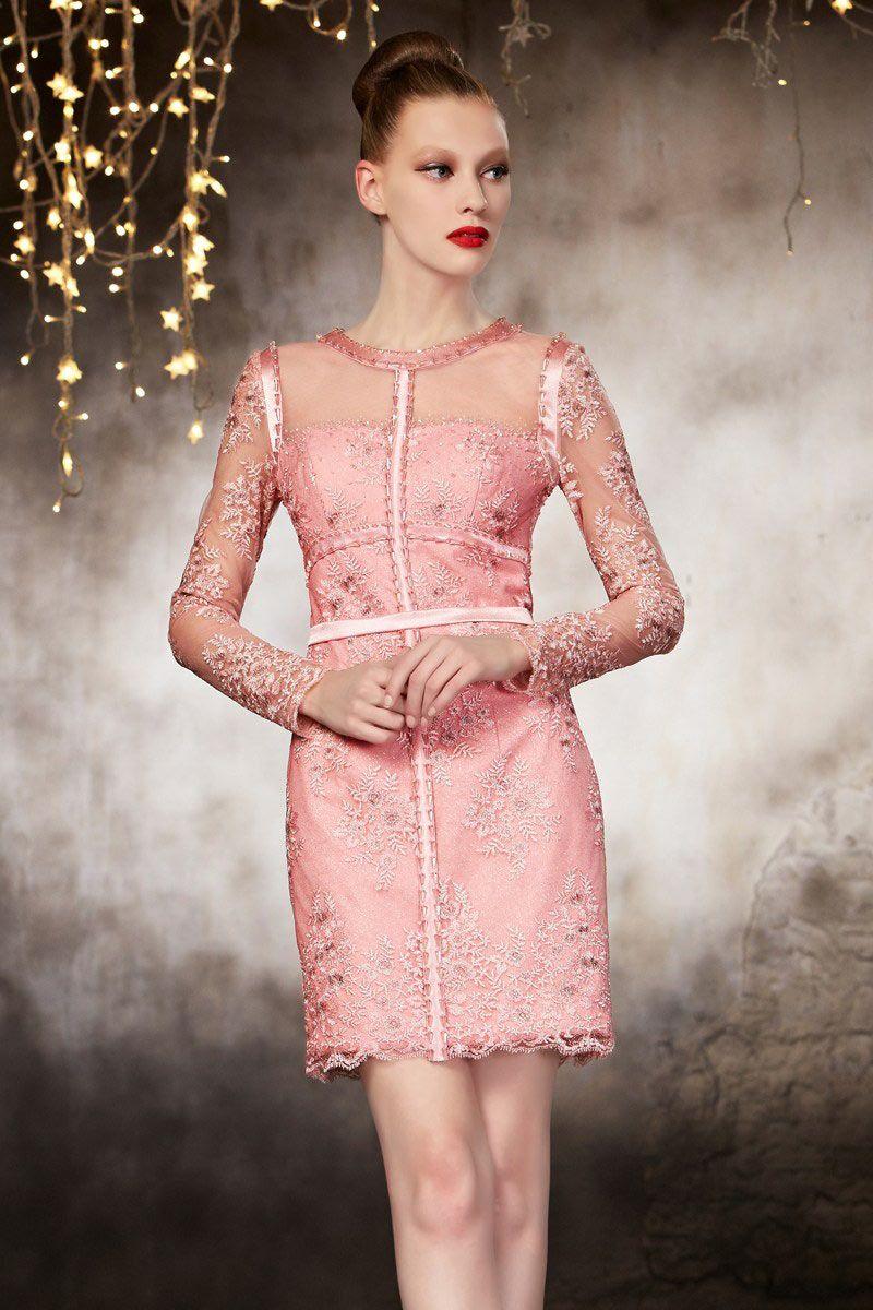 Belle robe de soiree dentelle