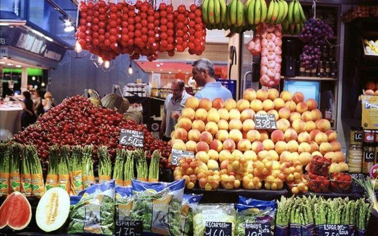 Diseño de frutería - mercat del ninot - greengrocery
