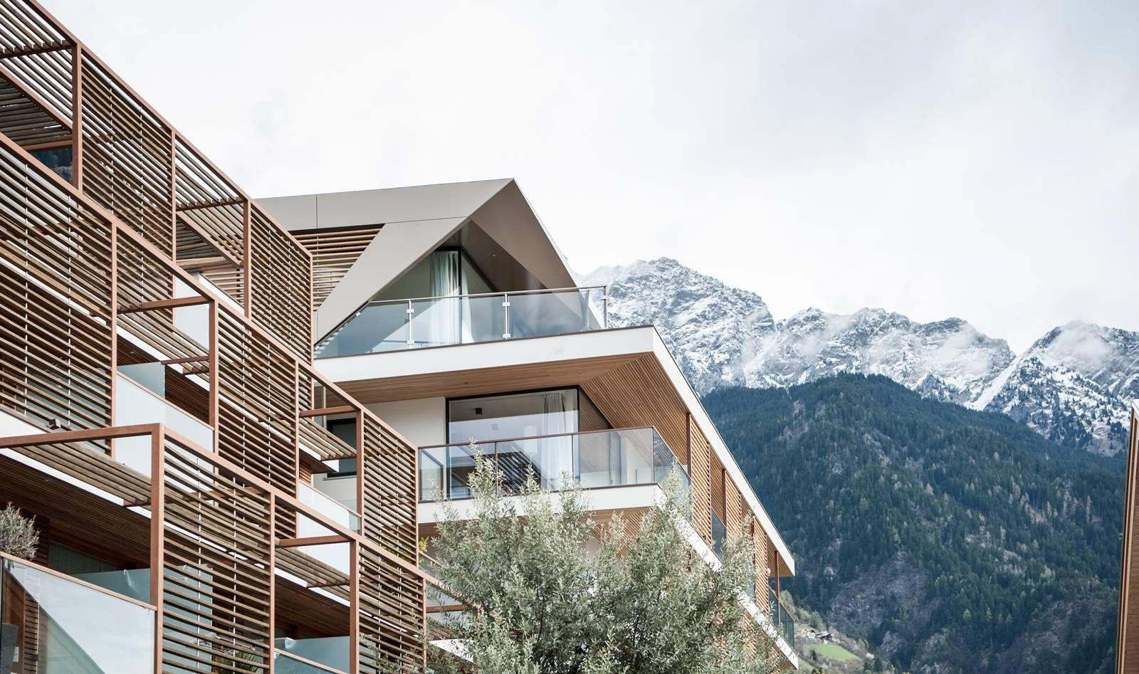 39 hotel burgund 39 auf monovolume architektur design in bozen for Bozen design hotel