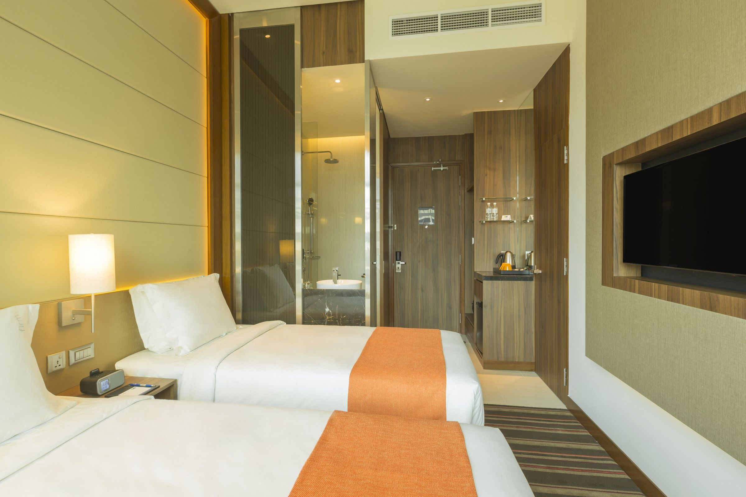 2 Single Beds Room with Free Express Start Breakfast and Wi-Fi Access throughout the hotel.