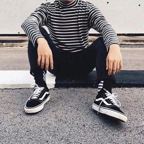 Mens Outfit: How to wear vans outfits men 19+ ideas. #mensfashion #mensfashionsmart #mensfashionrugged #mensfashionsummer