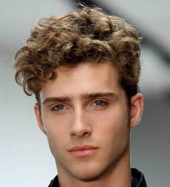 Taglio capelli uomo ricci lunghi