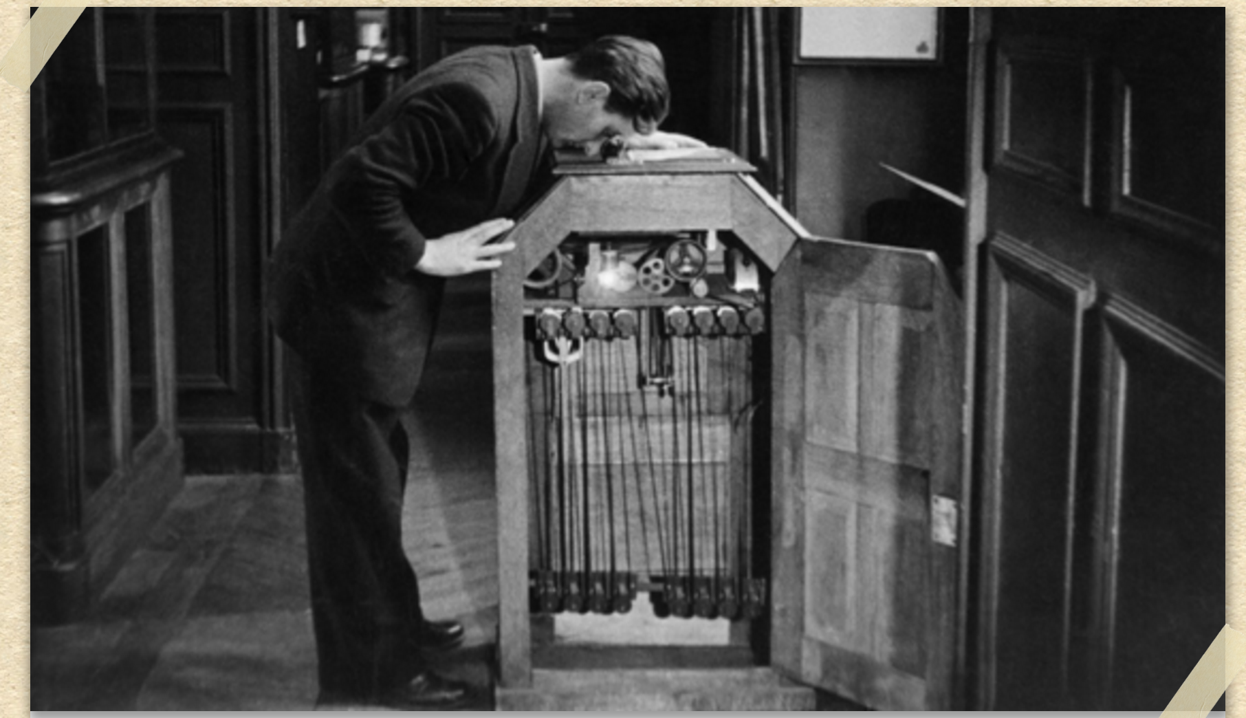 A man watching a moving picture through the Edison kinetoscope ... for Kinetoscope Thomas Edison  557yll