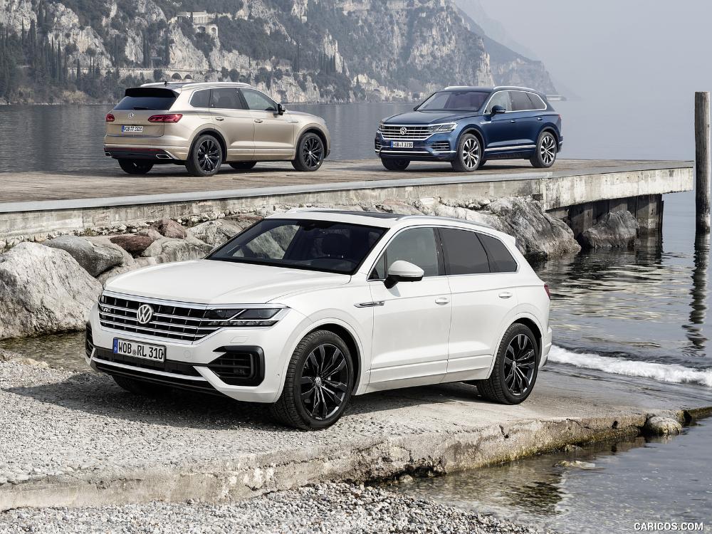 2019 Volkswagen Touareg Touareg R Line And Touareg Atmosphere In 2020 Volkswagen Touareg Volkswagen Sport Suv