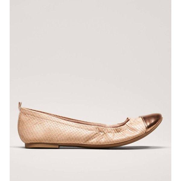 AEO Metallic Cap Toe Flat ($15) ❤ liked on Polyvore featuring shoes, flats, blush, round toe flats, flat shoes, metallic shoes, scrunch flats and metallic flats