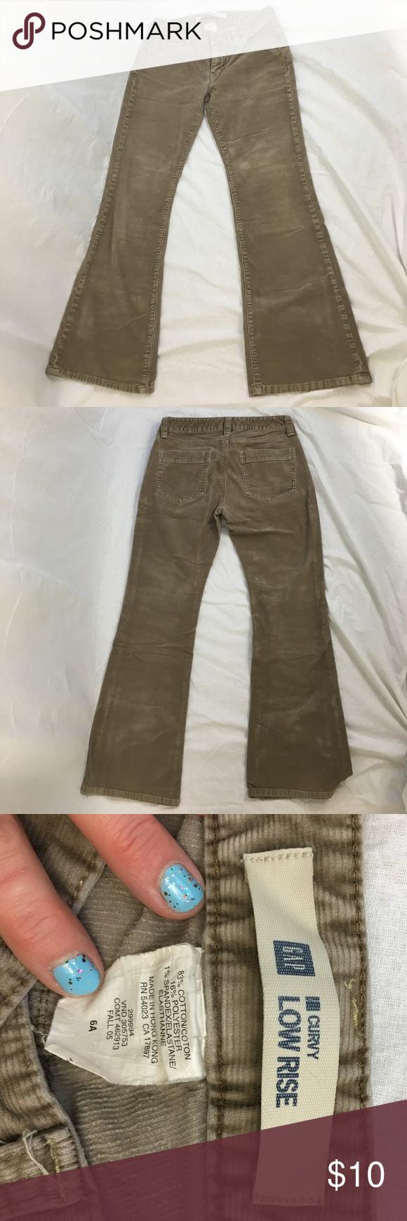 "Vintage 2005 Gap Size 6 Corduroy Pants Size 6 Ankle length 29"" Curvy Low Rise Cords in a nice neutral tan not khaki GAP Pants Ankle & Cropped"