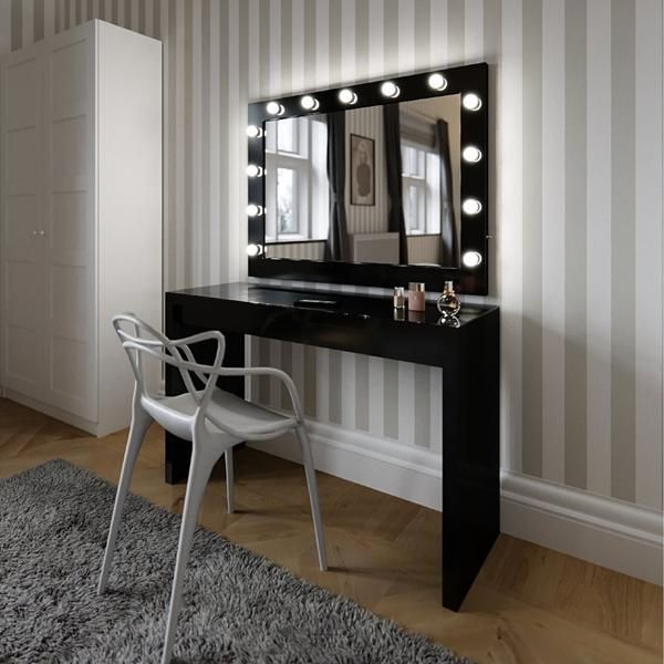 Marilyn Hollywood Mirror In Black Gloss 80 X 100cm Black