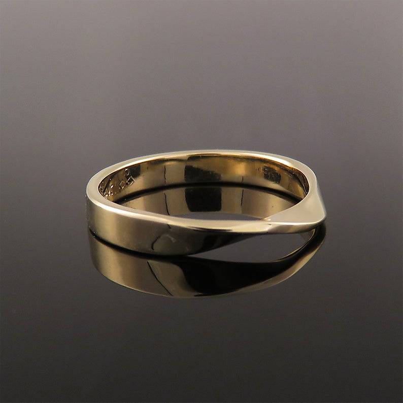 Mobius Wedding Ring Wedding Ring Men Thin Wedding Band Etsy Silver Wedding Rings Mens Wedding Rings Gold Wedding Rings